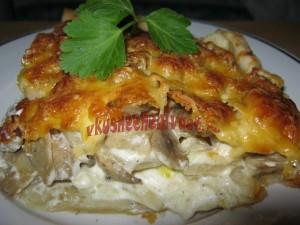 Открытый пирог с грибами и картофелем