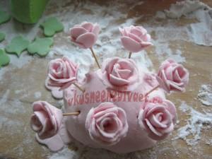 Готовые цветы из мастики